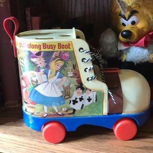 Alice in Wonderland play & Learn pull along busy